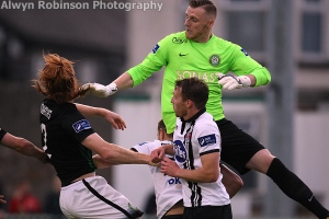 cherrie-executing-a-save-in-the-seagulls-versus-dundalk-win-on-10-august-2016